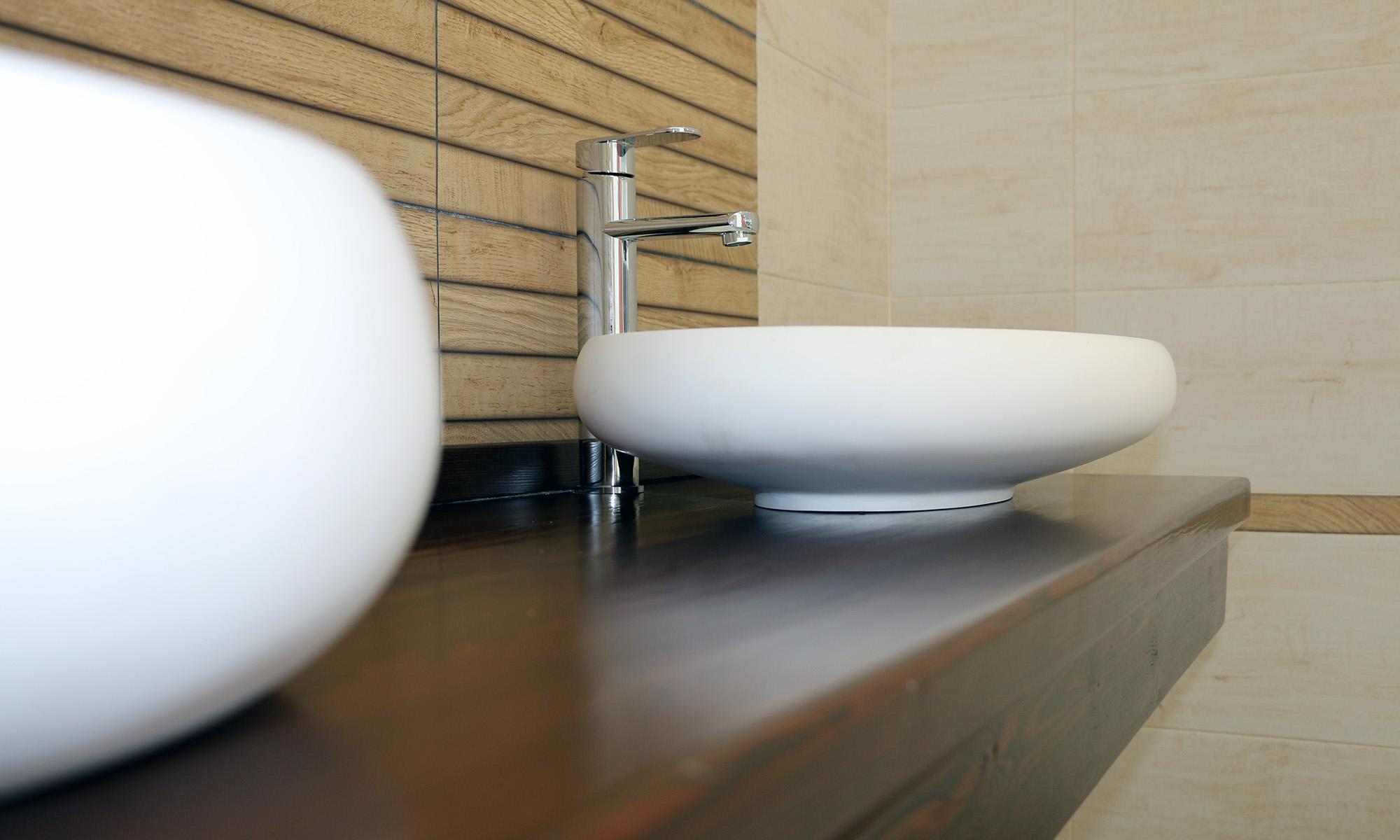 Sanitarios, muebles de baño y griferías